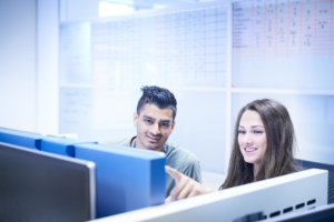 Samenwerking collega's werkplek